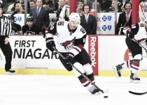 Arizona Coyotes buy out Antione Vermette's contract
