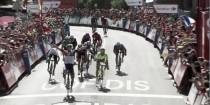 Vuelta 2016, sprint vincente di Van Genechten. Caduta per Contador