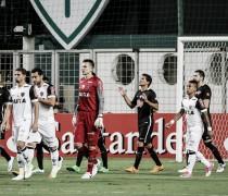 Victor retorna à Libertadores com vitória e ajuda na construção de resultado positivo com milagres