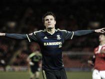 Burnley agree Jelle Vossen deal