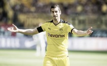 Manchester United accidentally reveal Mkhitaryan signing
