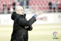 El Mirandés cesa a Claudio Barragán. De los Mozos, al frente