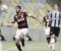 """Ex-Flamengo, Wallace releva admiração pelo Grêmio: """"É um namoro antigo"""""""
