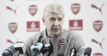 """Arsène Wenger: """"Estamos trabajando en los nuevos contratos de Özil y Alexis"""""""