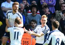 Crystal Palace 0-2 West Brom: Pulis halts in-form Eagles as Baggies resillient