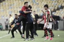 """Zé Ricardo celebra retorno à liderança após vencer Atlético-PR: """"Não existe jogo fácil"""""""