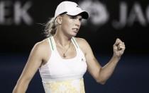 Caroline Wozniacki defeats Samantha Stosur to reach third at Eastbourne