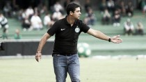 Fortaleza oficializa chegada do técnico Marquinhos Santos, ex-Coritiba