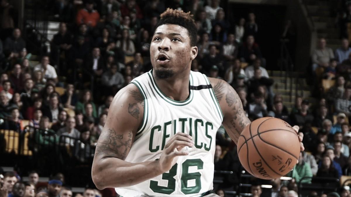 Marcus Smart continuará en Boston