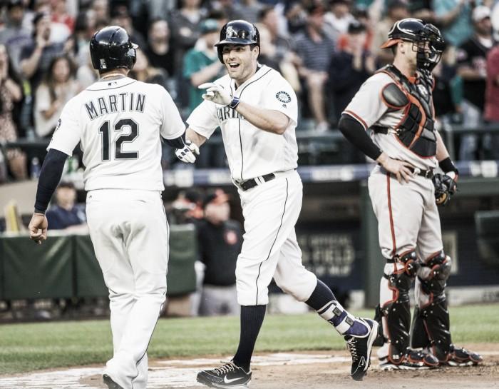 Baltimore Orioles trade Yovani Gallardo to Seattle Mariners for Seth Smith