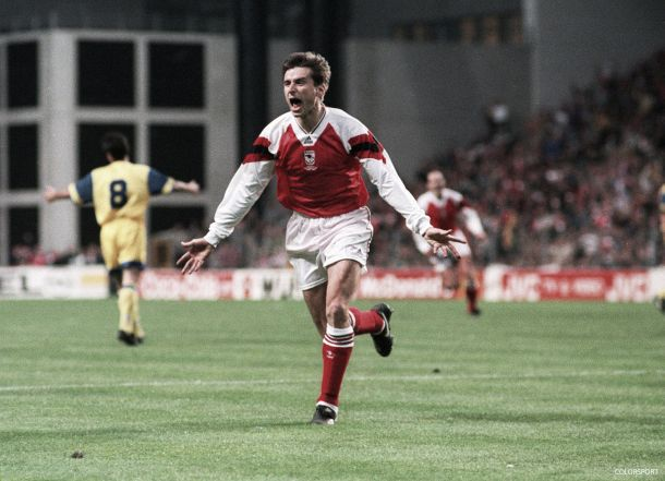 Alan Smith: From the Foxes to First Division title with Arsenal