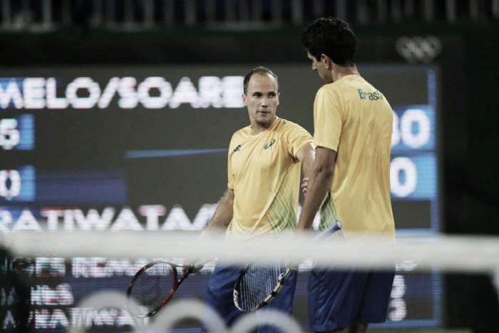 """Bruno Soares exalta vitória nas duplas e mira confronto com Djokovic: """"É uma combinação muito perigosa"""""""