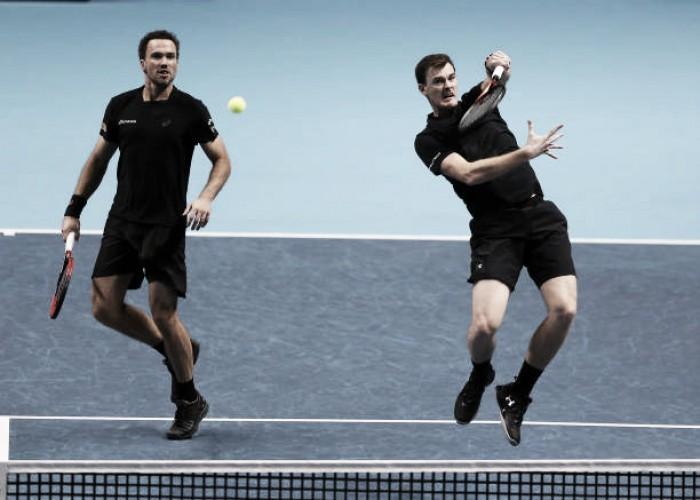 Soares e Murray derrotam norte-americanos na estreia em Melbourne; Bia Haddad avança