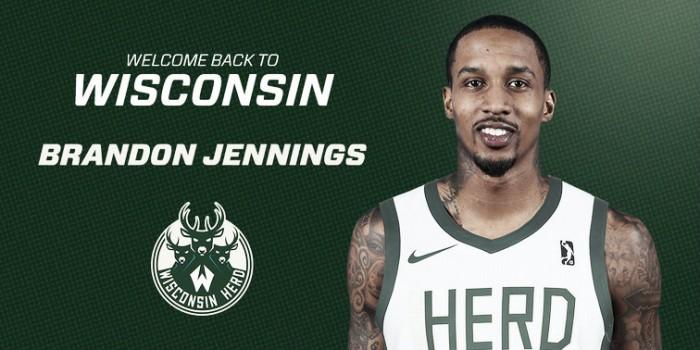 Brandon Jennings deja China para jugar en el equipo de la G-League de los Bucks
