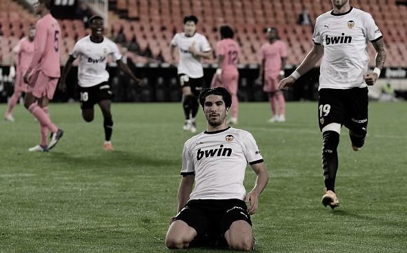 Carlos Soler em Valencia 4 a 1 Real Madrid (La Liga/Divulgação)