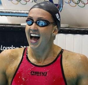 Rebecca Soni cumple con otro récord