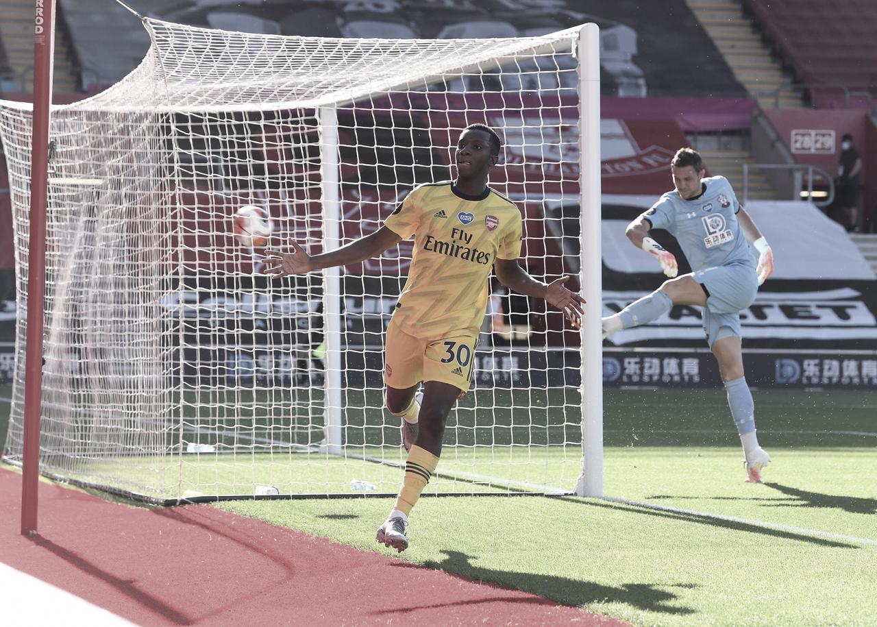 Arsenal derrota Southampton e respira na Premier League