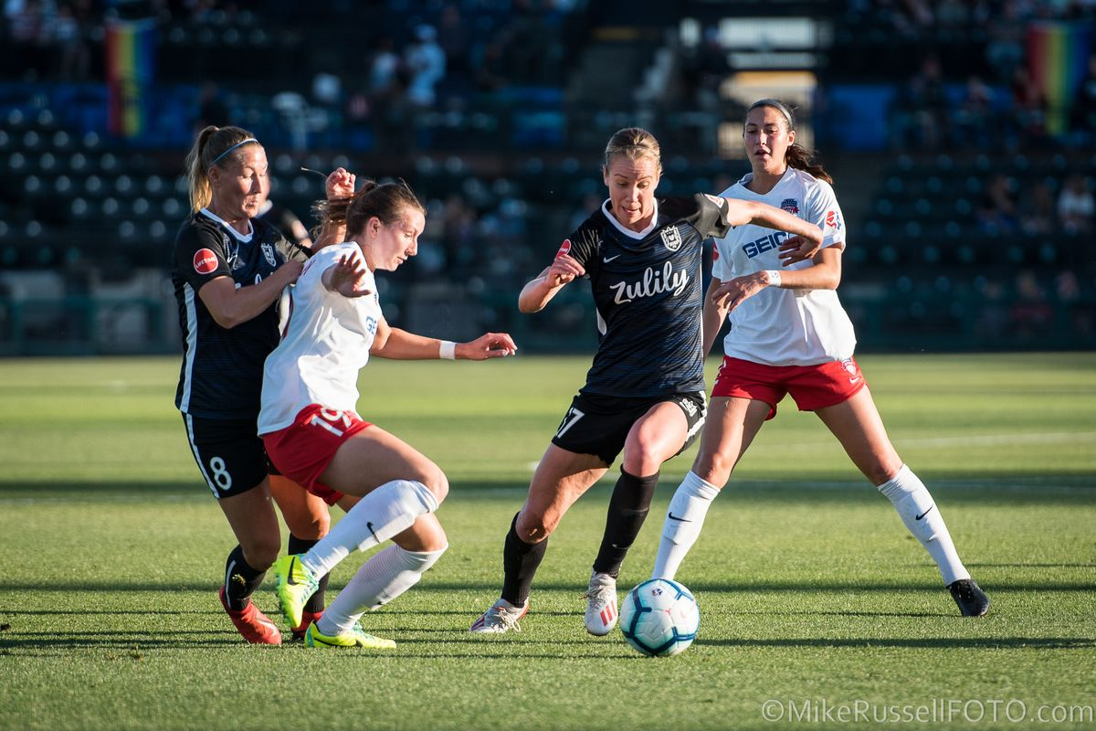 Washington Spirit and Reign FC play a thrilling 2-2 match at Audi Field