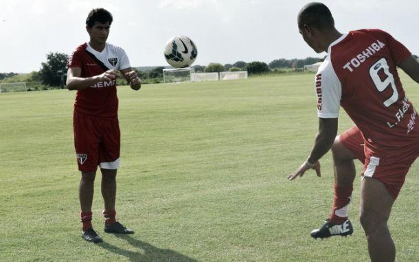 Horas após desembarcar, São Paulo faz primeiro treino em Orlando