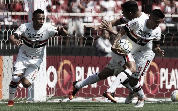 """Superação do São Paulo em empate é exaltada por Denis: """"A equipe está de parabéns"""""""