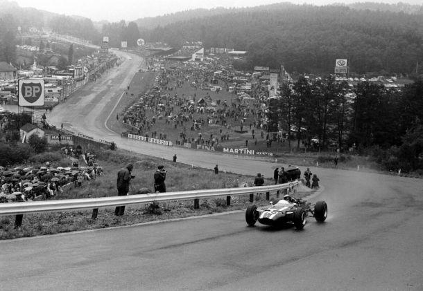 Sull'impegnativo circuito di Spa si sono imposte le leggende della Formula 1
