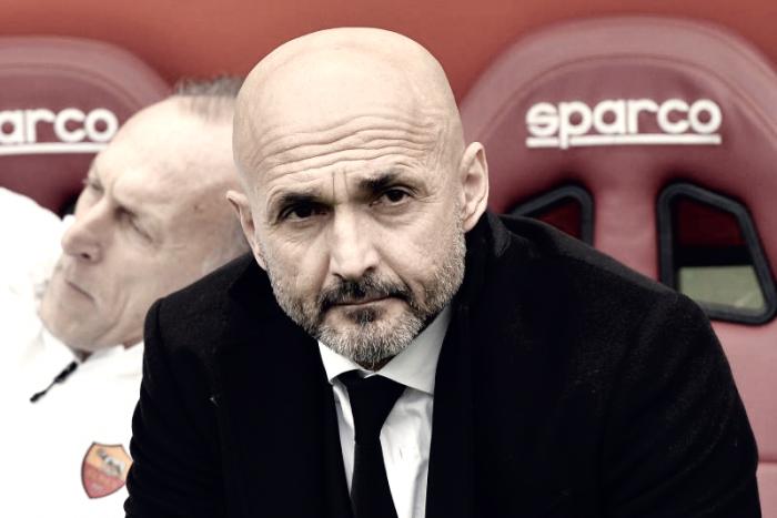 Roma, i convocati per la Fiorentina: c'è Perotti, out Vermaelen