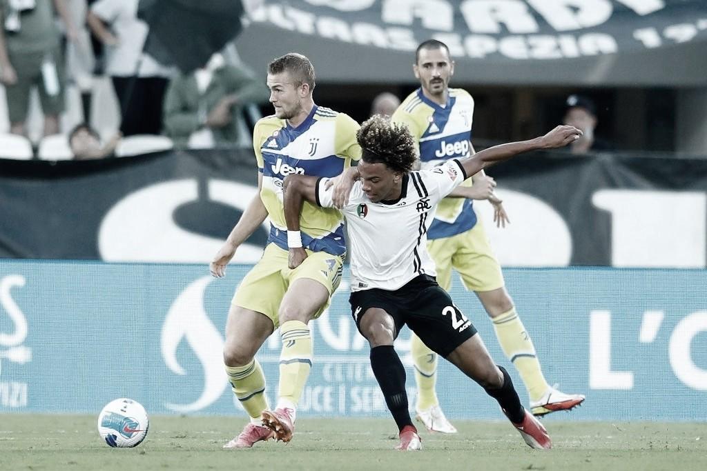 Em jogo de duas viradas, Juventus supera Spezia e conquista primeira vitória na Serie A