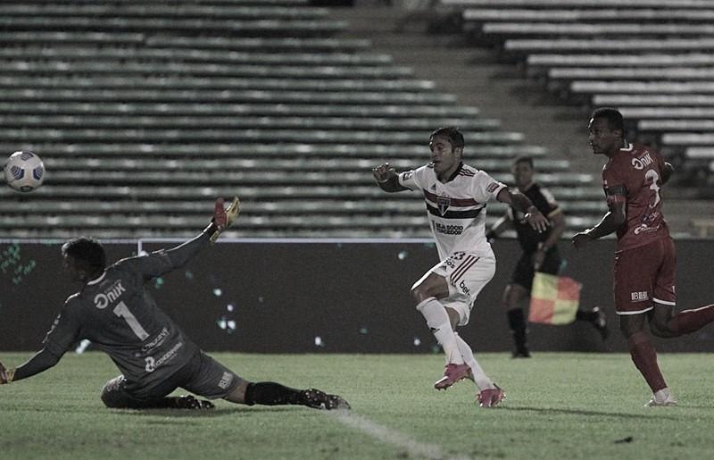 São Paulo recebe 4 de Julho e precisa vencer para seguir vivo na luta pelo título inédito da Copa do Brasil