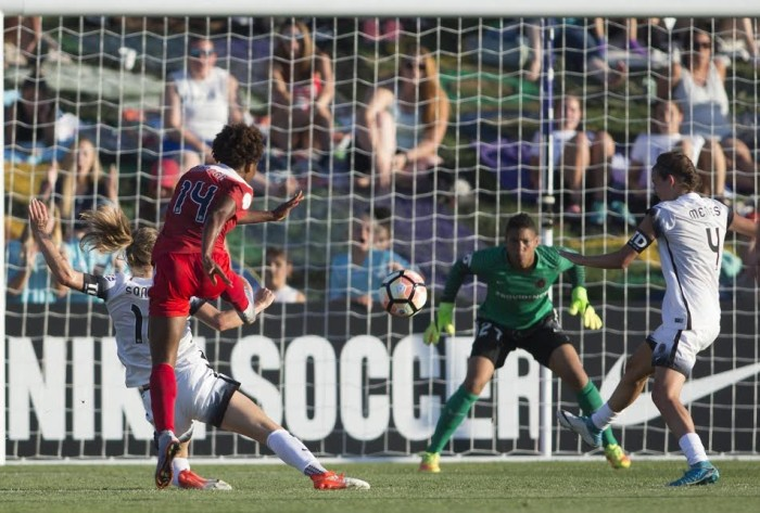 Washington Spirit upset Portland Thorns