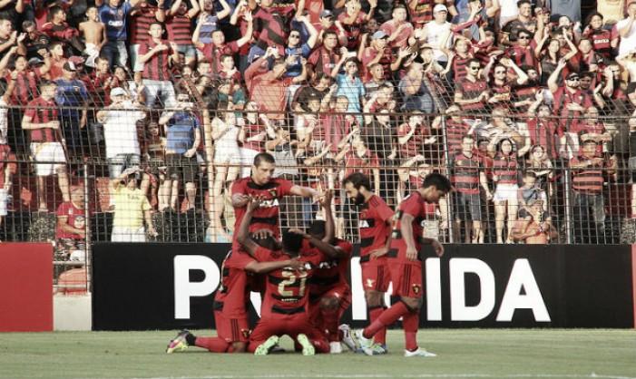 Em jogo de oito gols e com arbitragem polêmica, Sport e Atlético-MG empatam