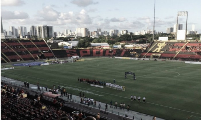 Sport goleia Central com tranquilidade e assume liderança do Pernambucano