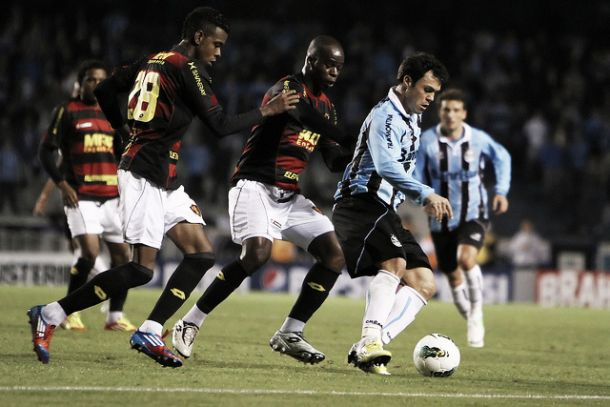 Buscando reabilitação, Sport enfrenta o Grêmio na Ilha do Retiro