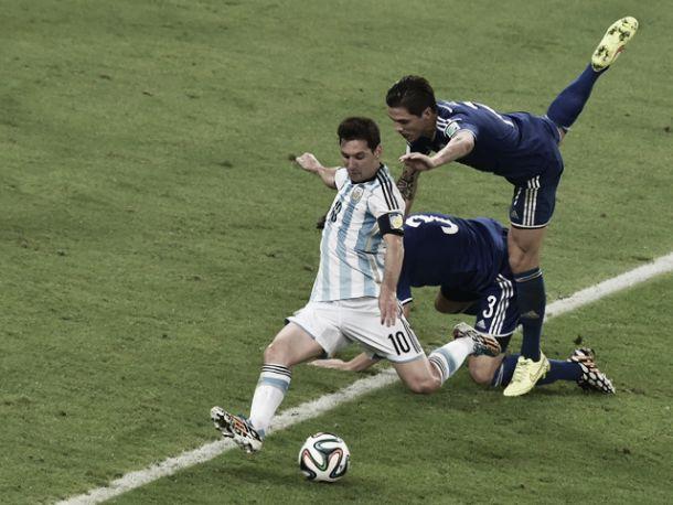 F de favorita Argentina, mas 'outsiders' espreitam