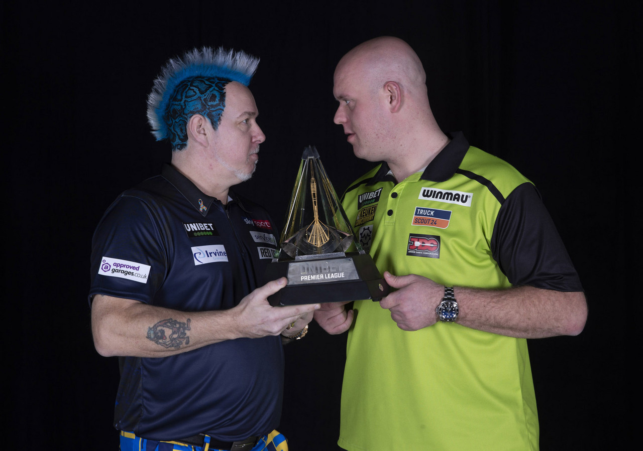 """Darts: Peter Wright claims that Michael van Gerwen """"won't win a TV title this year"""""""