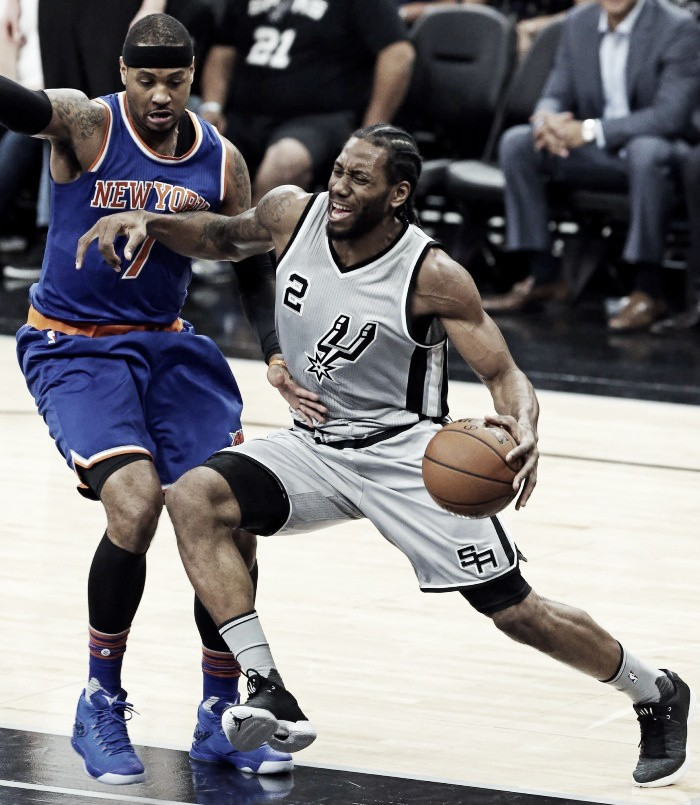 Los Spurs dan pelea