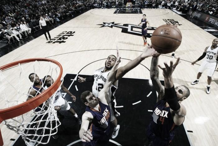 Nba, Spurs facili contro Phoenix. Nuggets ancora k.o. a Portland