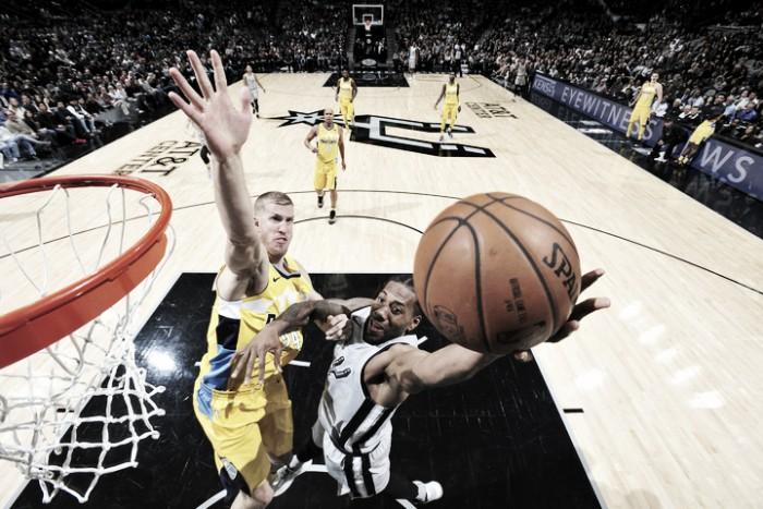 Leonard y Bertans comandan triunfo de Spurs