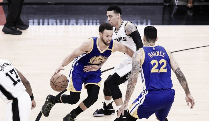 San Antonio perdio ante los Warriors