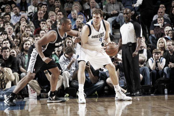 San Antonio Spurs vs Dallas Mavericks en vivo y en directo online