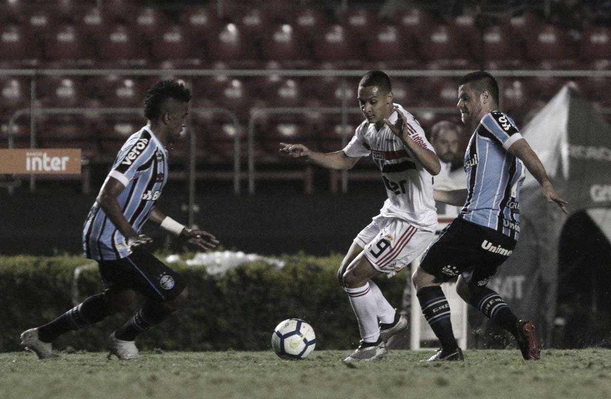 São Paulo e Grêmio se enfrentam com objetivos diferentes no Brasileirão