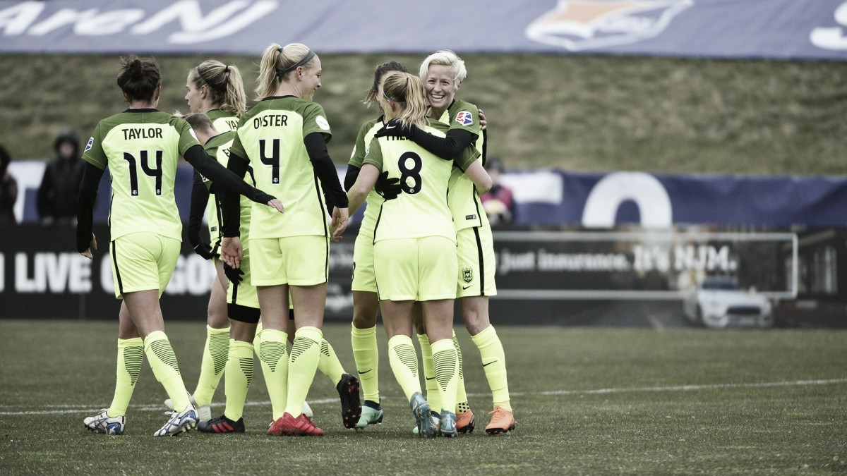 Seattle Reign FC battle the elements in win against Sky Blue FC