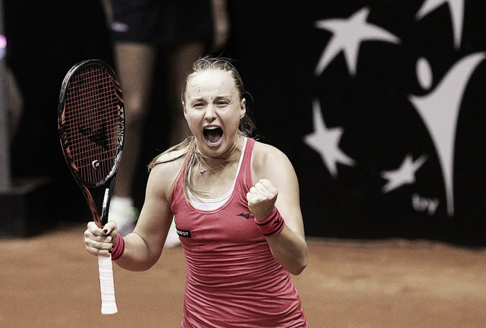 Fed Cup: Rebecca Sramkova dominates Francesca Schiavone, gives Slovakia the decisive win