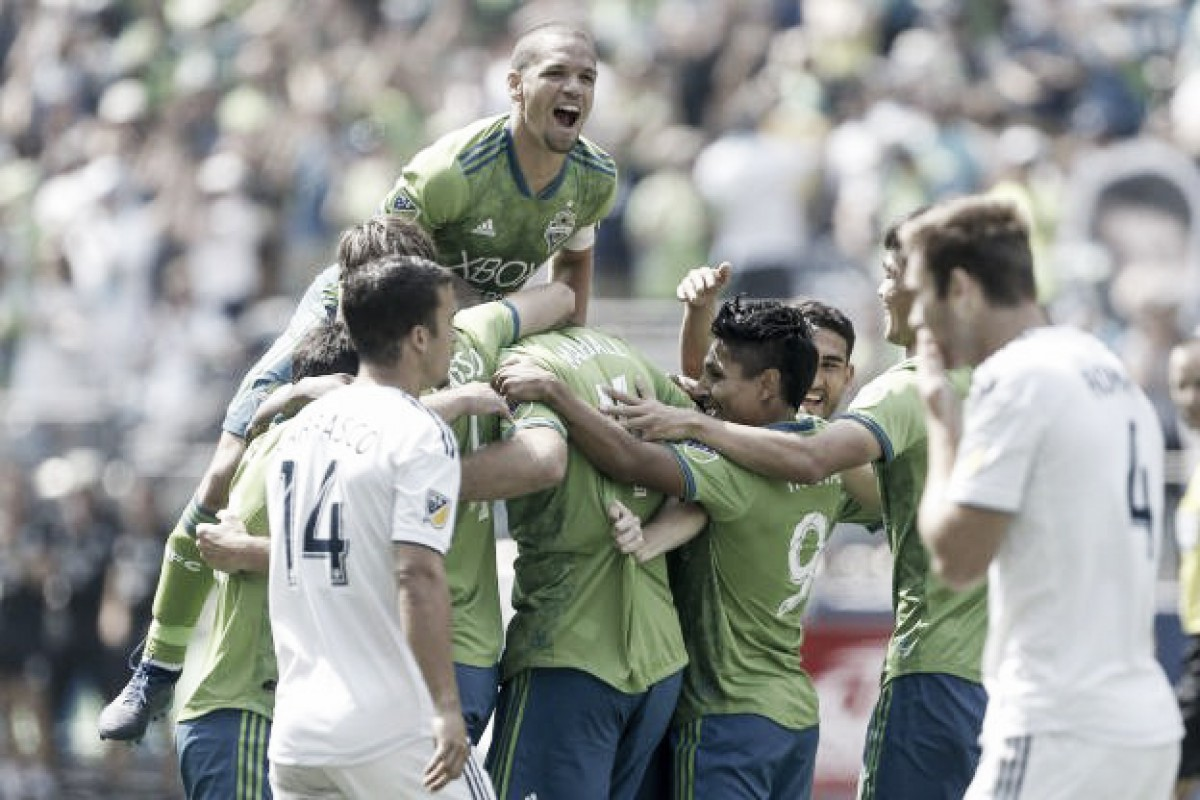 Seattle Sounders FC thump the LA Galaxy at home