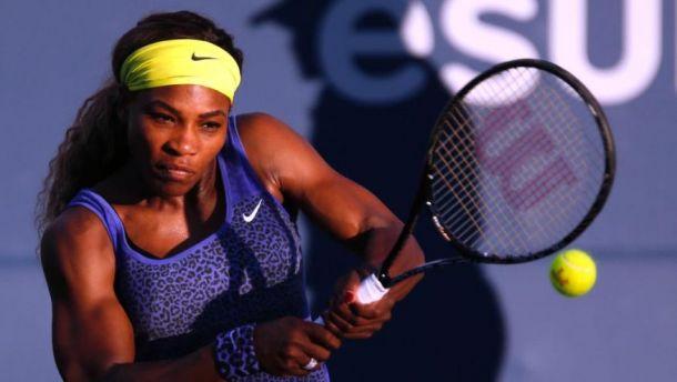 WTA Stanford: Serena Williams vince la battaglia con Ivanovic, fuori Venus