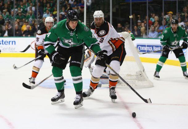 Dallas Stars Rally From Three Goal Deficit, Sink Anaheim Ducks