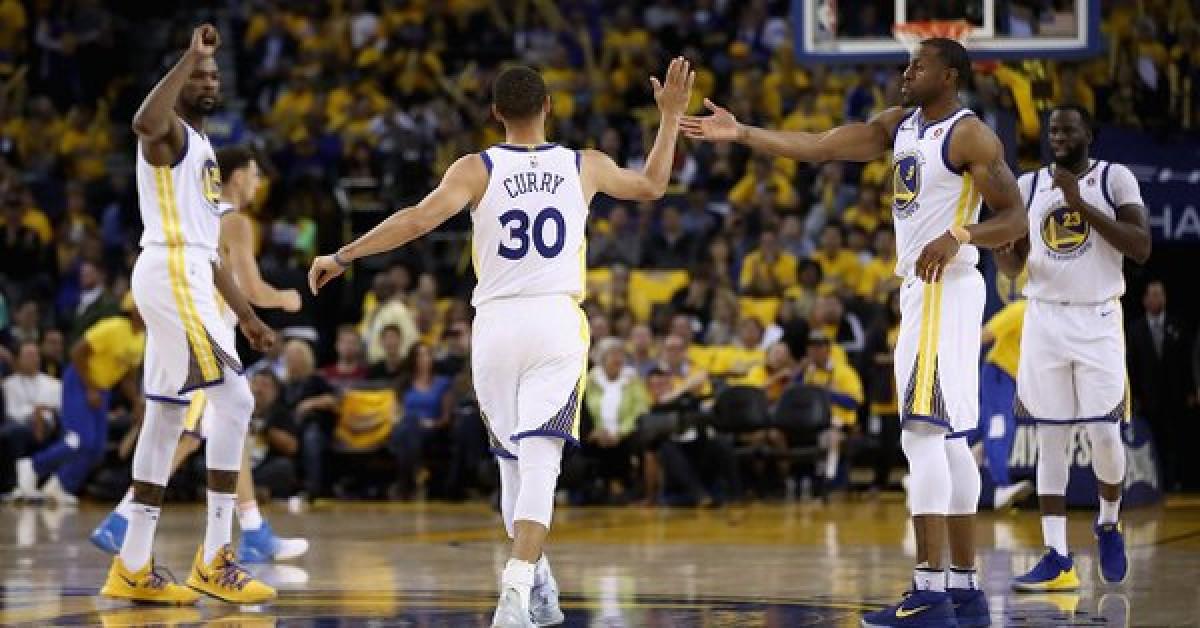 "NBA Playoffs - Curry pronto a sfidare Chris Paul: ""E' stato un mentore, ma ora..."""