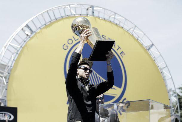 Nba, la corsa al titolo riparte dai Golden State Warriors
