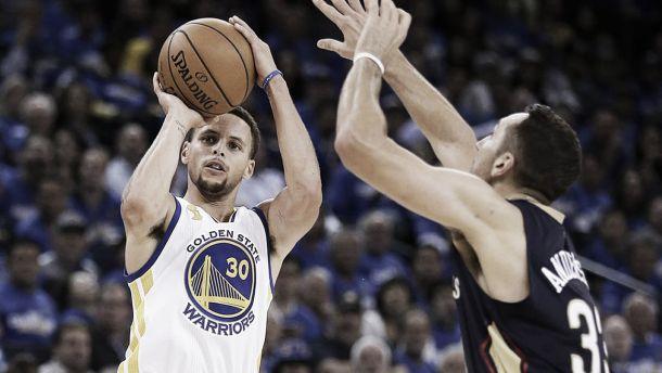 NBA, 'the usual suspect' fa 40: Curry trascina Golden State alla vittoria su New Orleans