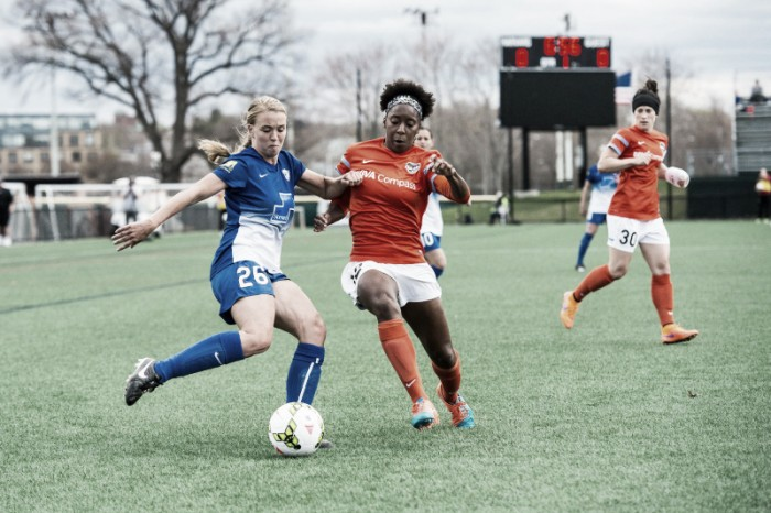 Boston Breakers re-sign midfielder Stephanie Verdoia