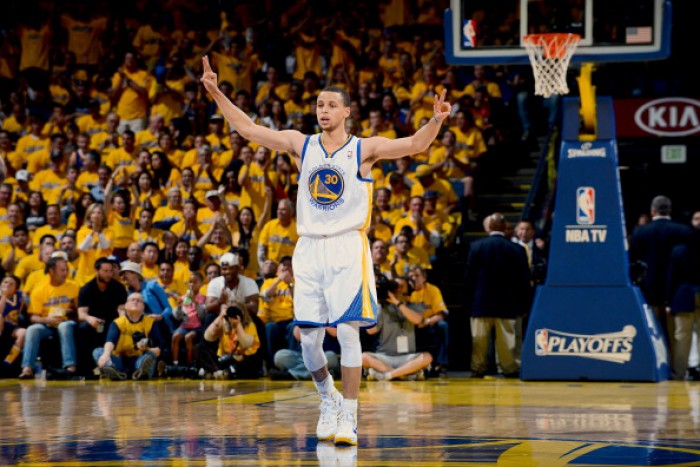 NBA, gli Spurs vincono contro i T-Wolves. Belinelli battuto da Curry